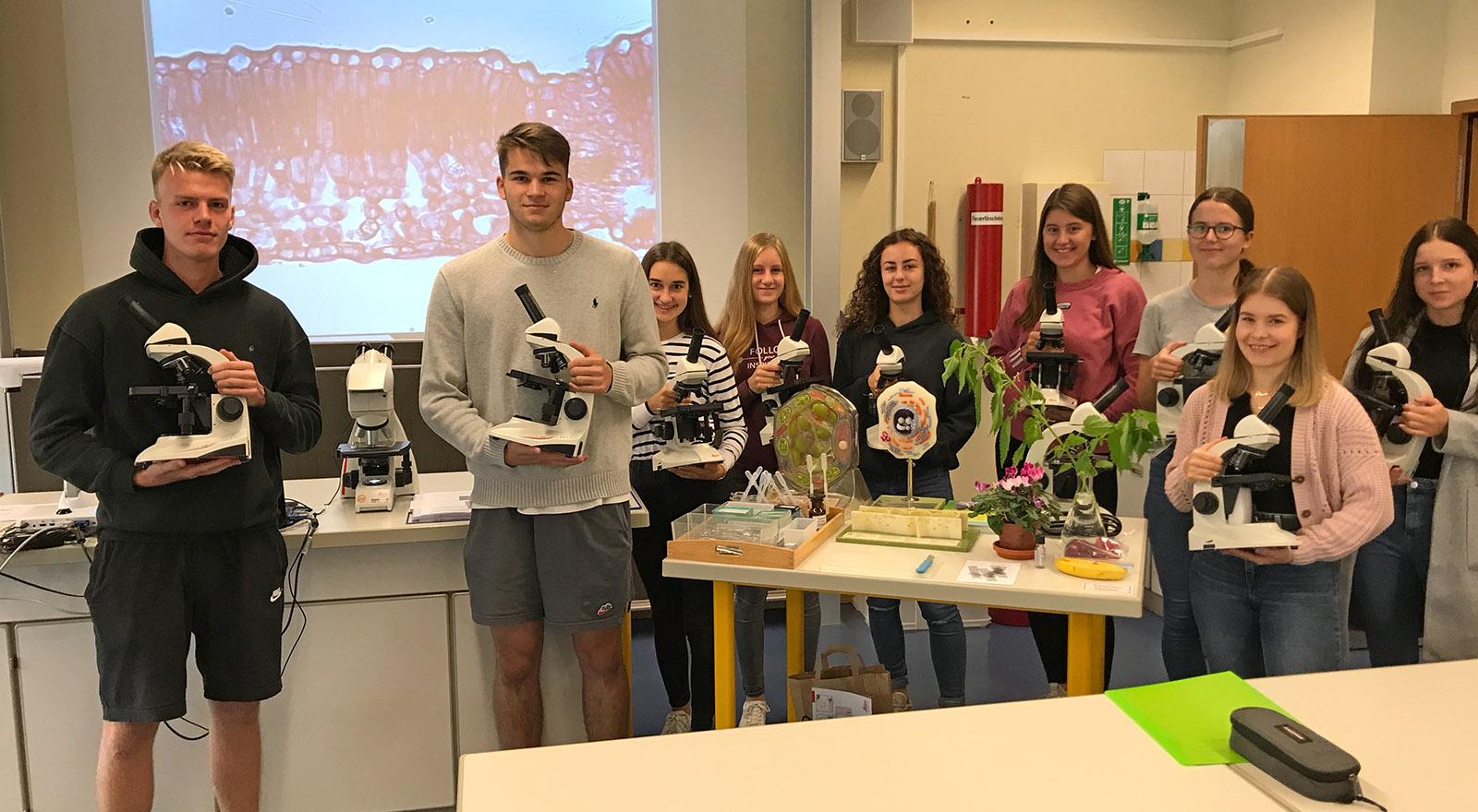 Mikroskope für den Biologie Unterricht